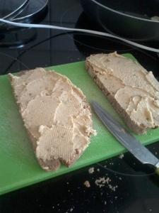Brotaufstrich- oder Gemüsedip-Hummus